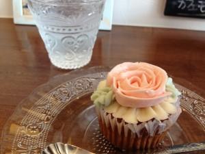 カップケーキ(バラ)