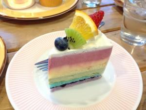 箱根 レインボーケーキ
